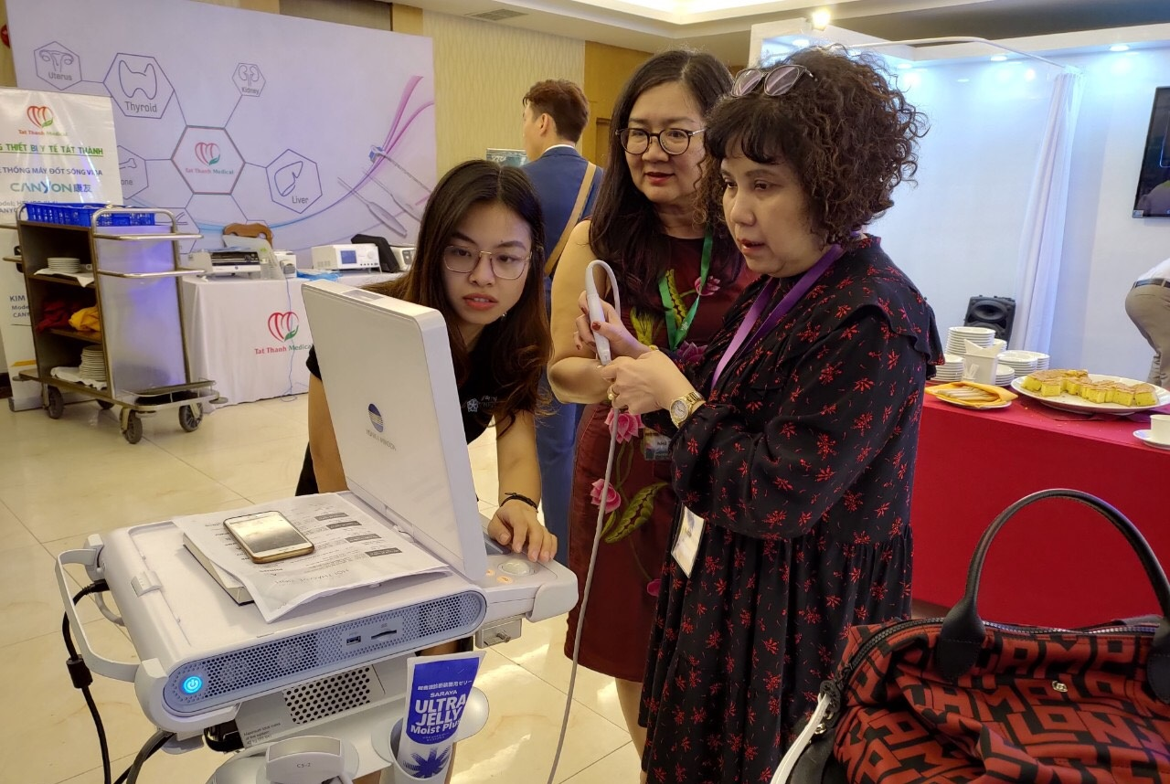 JVC tiếp tục giới thiệu máy siêu âm Sonimage HS1 tại Hội nghị siêu âm toàn quốc lần thứ 4